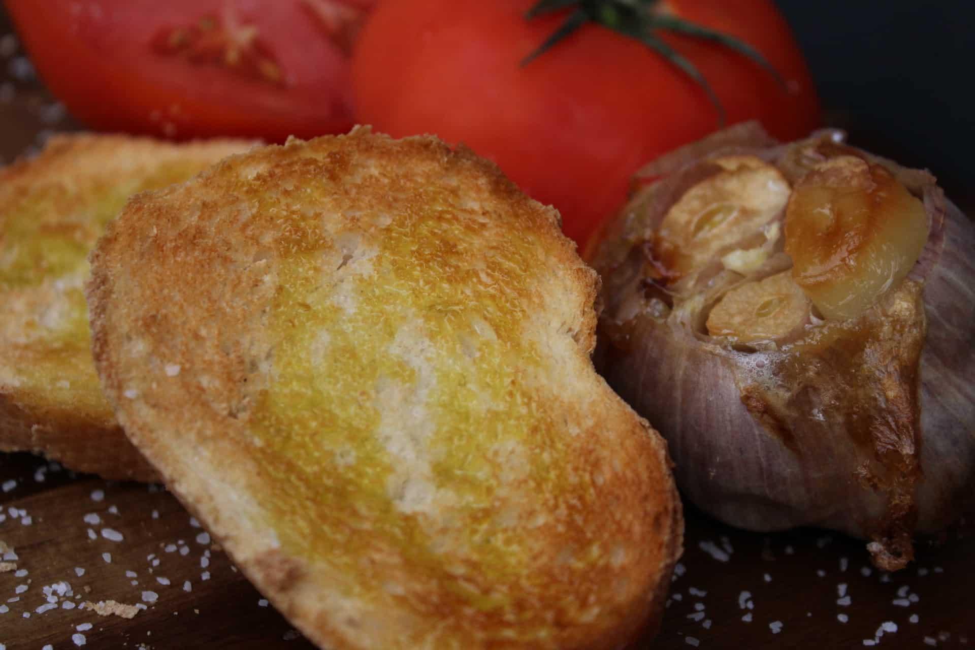 Andorran Garlic Tomato Toast