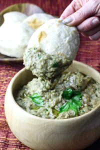 Baba Ganoush with bread