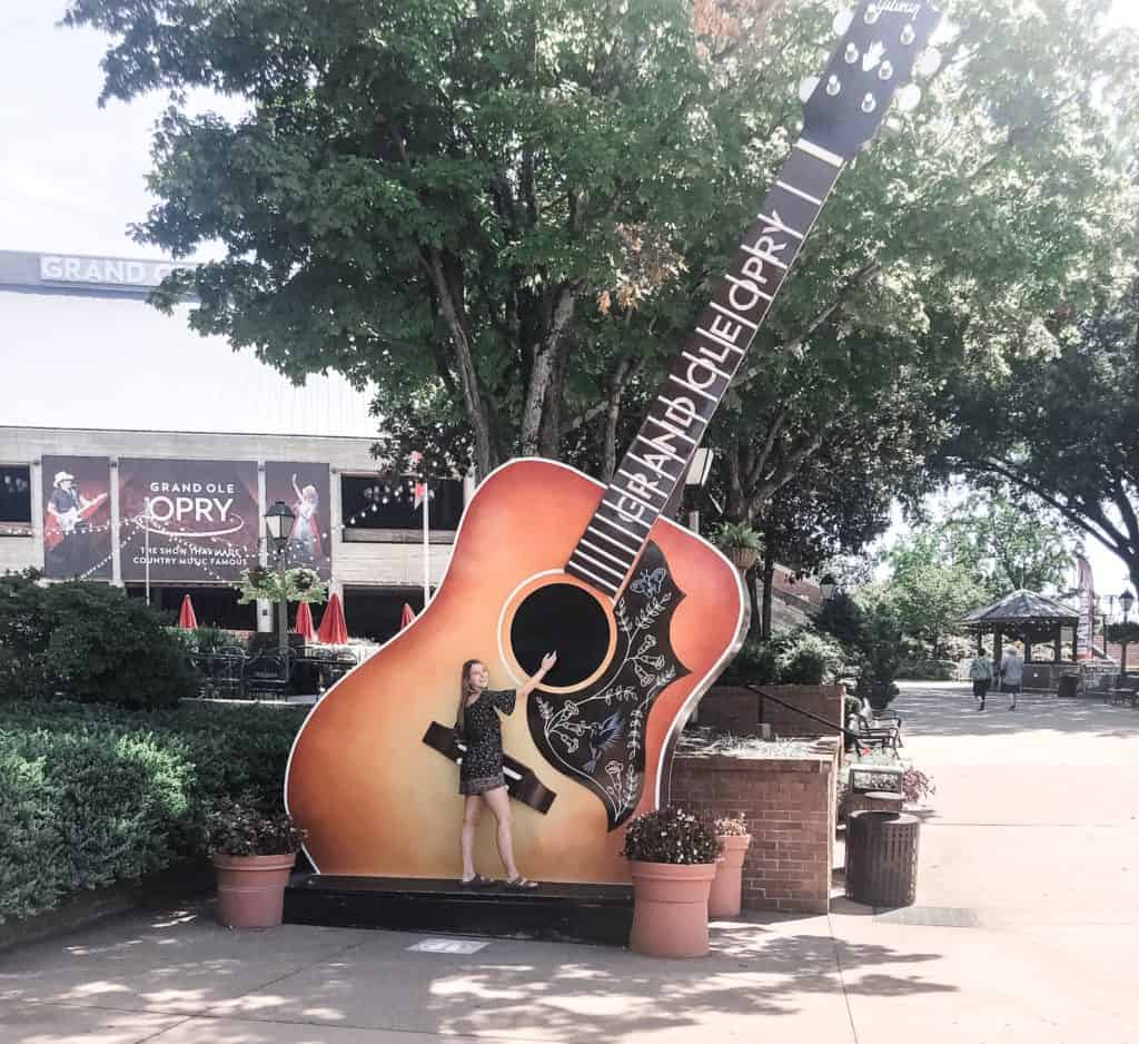 Large guitar outside of the Grand Ole Opry
