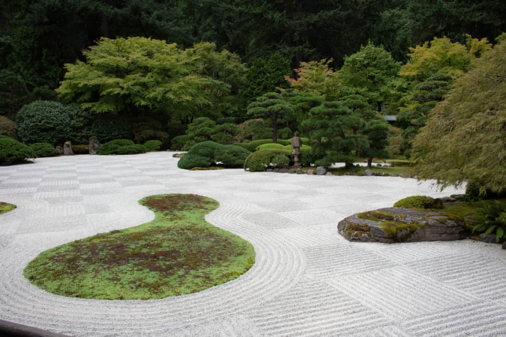 Combed gravel in Japenese Garden