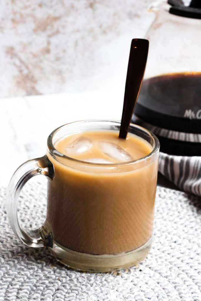 single mug of Thai iced coffee