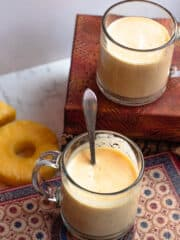 mango pineapple smoothie