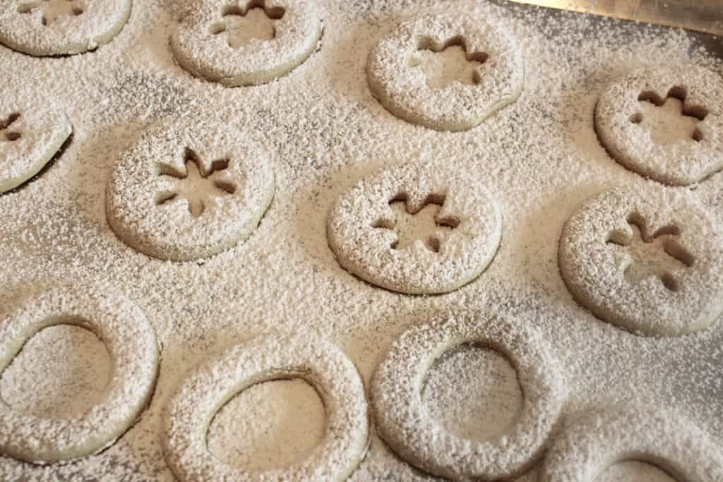 Shortbread cookies covered in powdered sugar