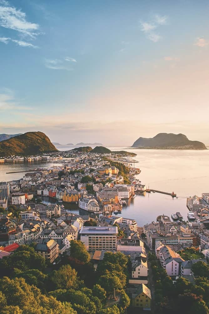 Norwegian town on the water