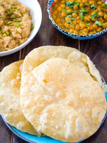 Pakistani Food: Poori Recipe
