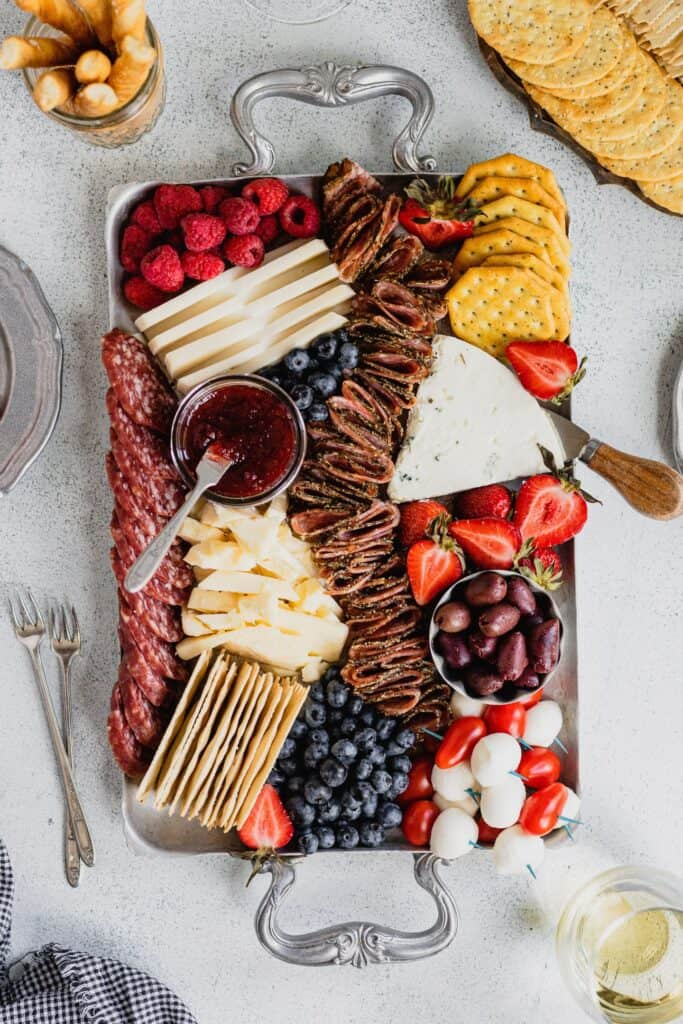 Fourth of july recipes: Patriotic Cheese Board