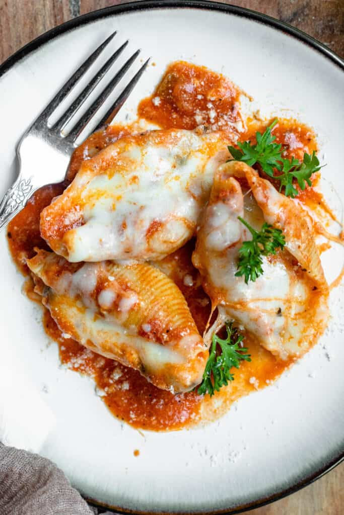 Close up of Instant Pot Easy Stuffed Shells