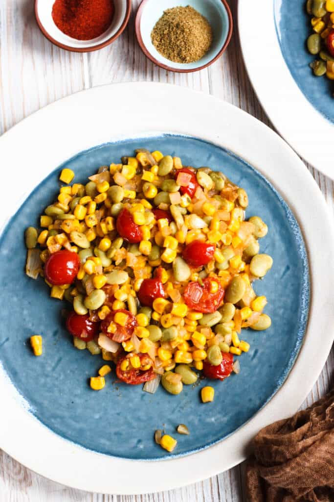 Pile of succotash on a plate
