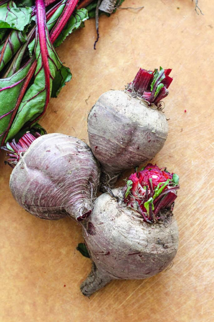 raw beets with stems chopped off