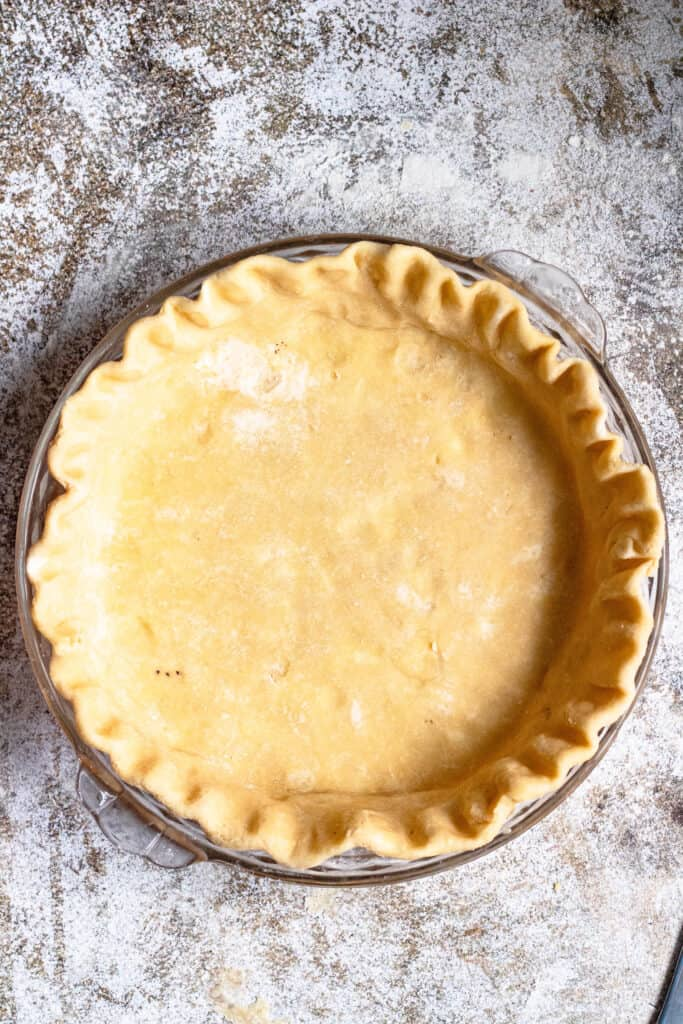 quiche crust with scalloped edges